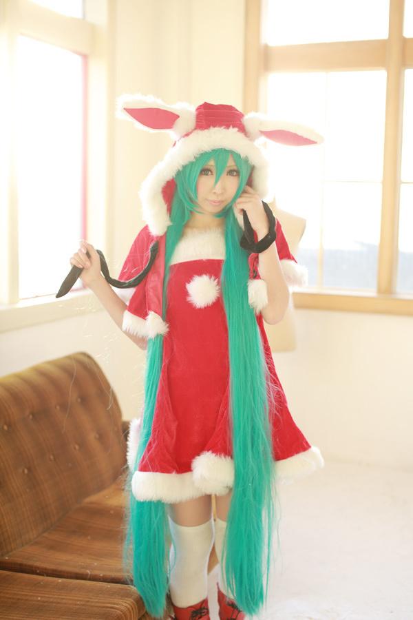 santa cosplay hatsunemiku 17 tokyo otaku mode gallery