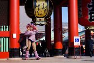 Hibari-chan Comes to Senso-ji (Kagura)