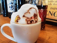 "3D Latte Art ""Snoopy and Woodstock"""