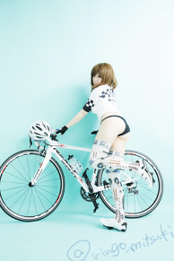sexy_girl_road_bike