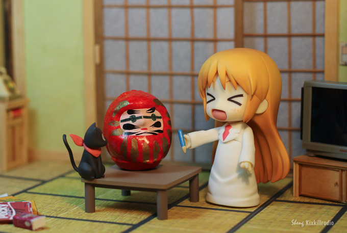 "Hakase ""fixes"" Nano's Daruma doll"