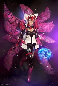 Ahri [Challenger Ahri ] : League of Legends cosplay2